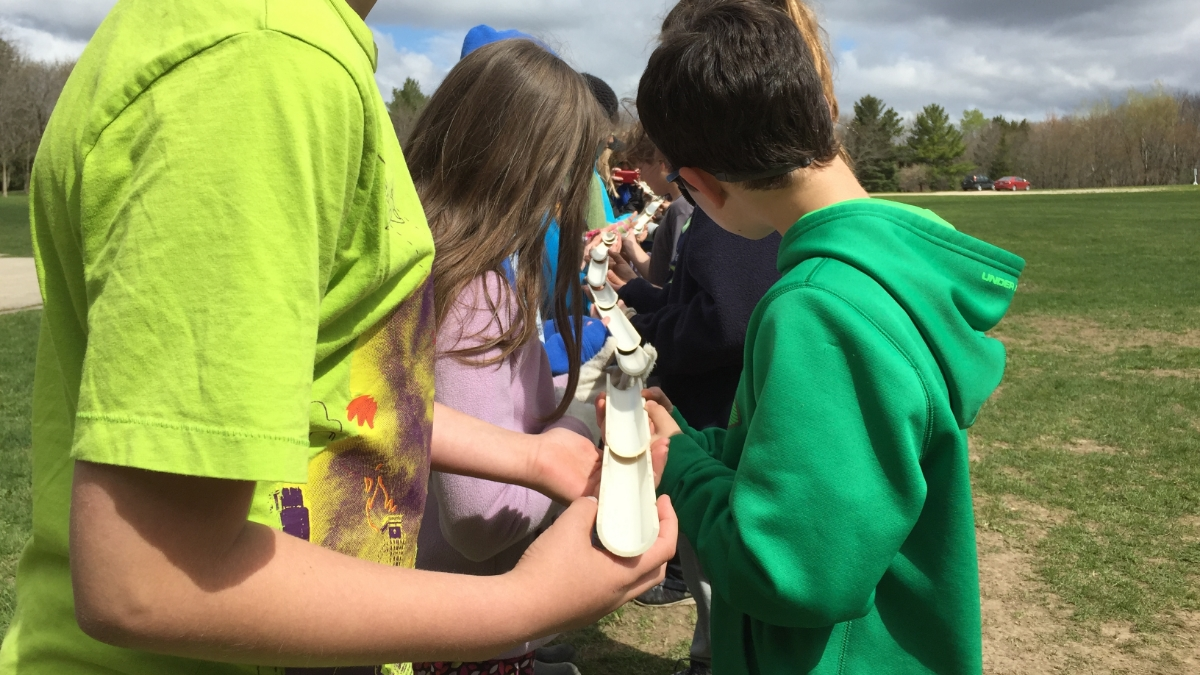 Innovative problem solving during elementary outdoor education